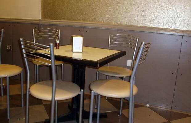Café- Bar Pausta