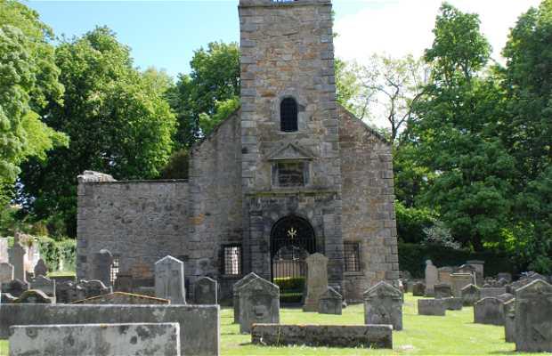 Tulliallan Auld Kirkyard