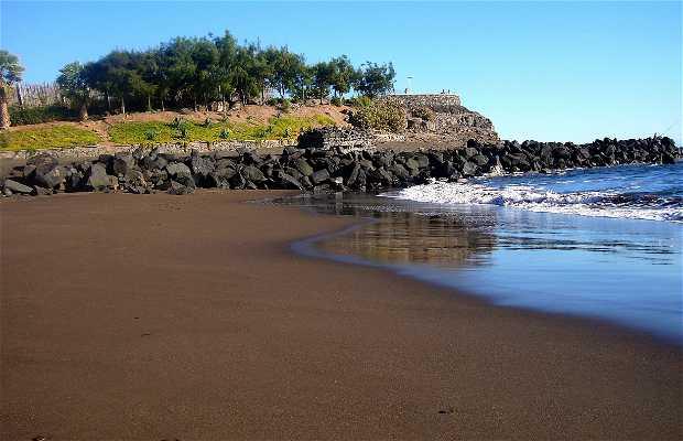 Hoya del Pozo Beach