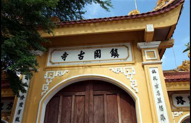 Pagoda Tran Quoc di Hanoi