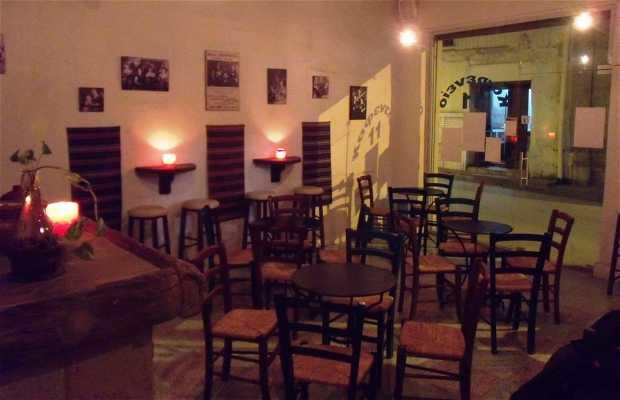 Kafenio 11 Café-bar