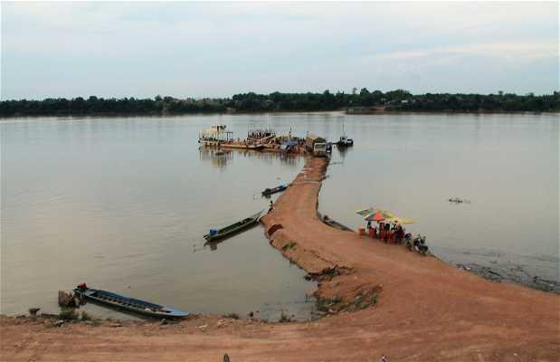Embarcadero de Stung Treng