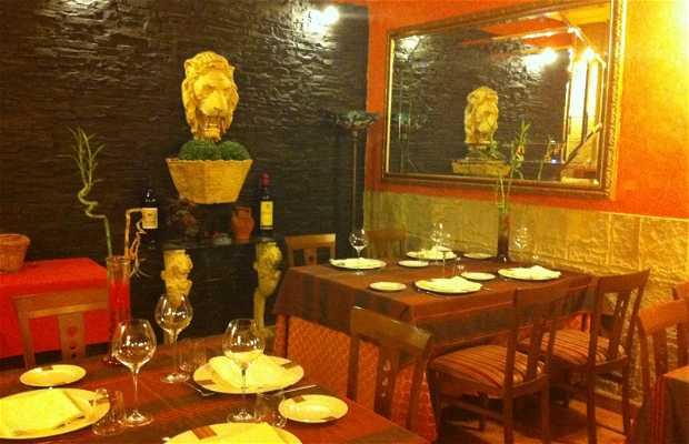Los Monges Restaurant