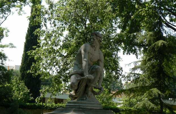 Le remords Statue