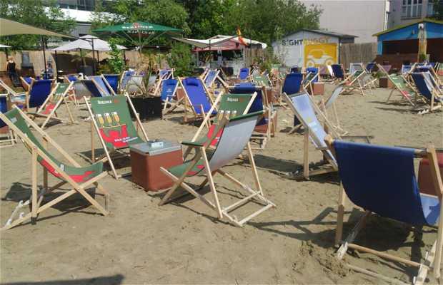 Badeschiff (Playa de Berlín)
