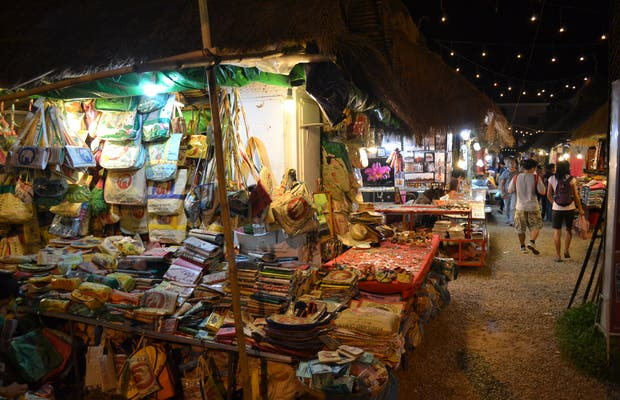 Phsar Chas (Old Market)