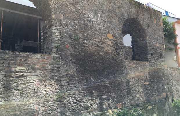Muralla de Navia