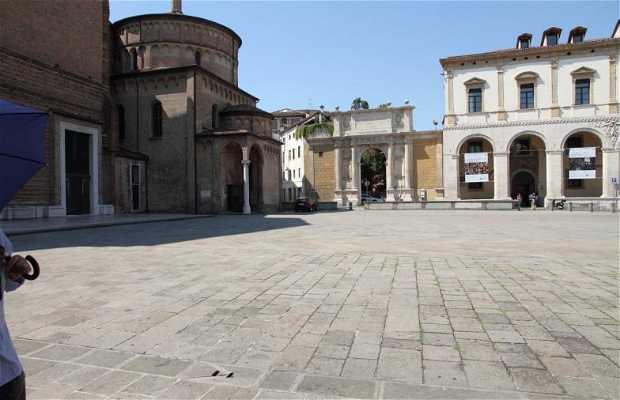 Place de la Cathédrale Padua