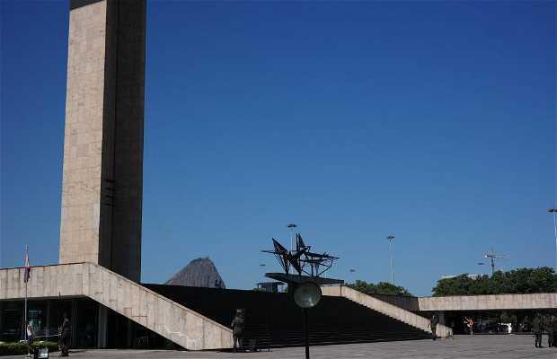 Monumento Nacional por los Muertos de la Segunda Guerra Mundial