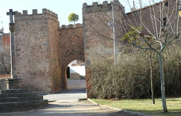 Castillo y muralla de Manzanera