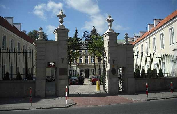 Palacio de Borch, Casa de los Arzobispos de Varsovia