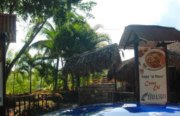 El Muro Restaurant