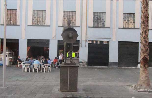 Estatua de Javier Solís