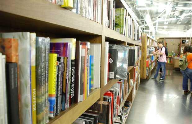 Tienda-librería del CaixaForum Madrid