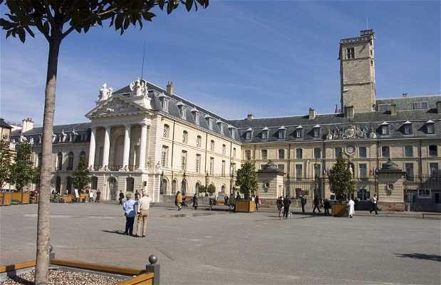 Plaza de los Duques de Borgoña