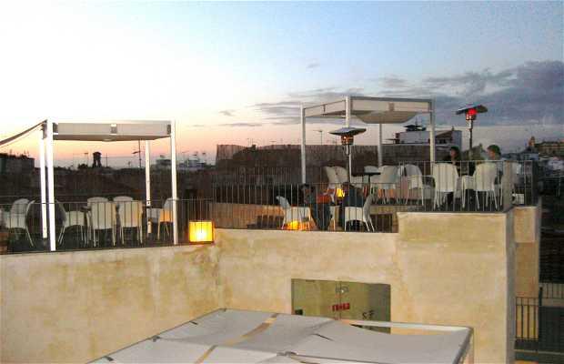 Terraza-Bar del EME HOTEL