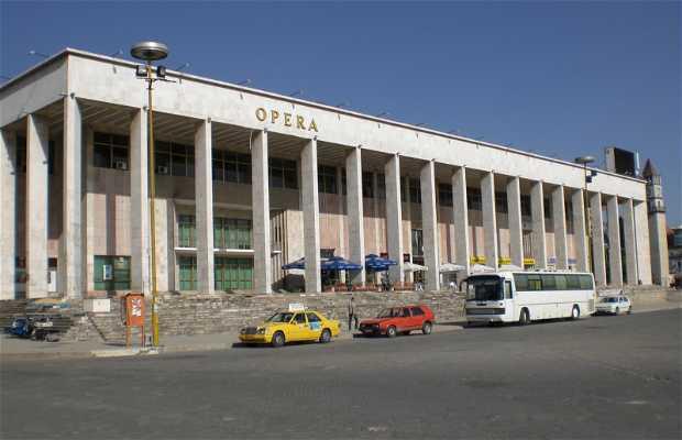 Teatro nacional de ópera y ballet de Albania