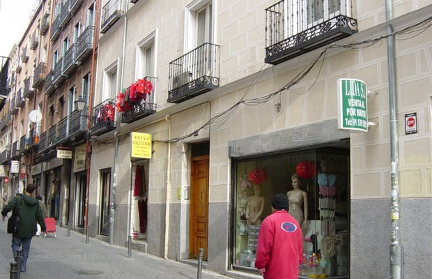 Calle Mesón de Paredes