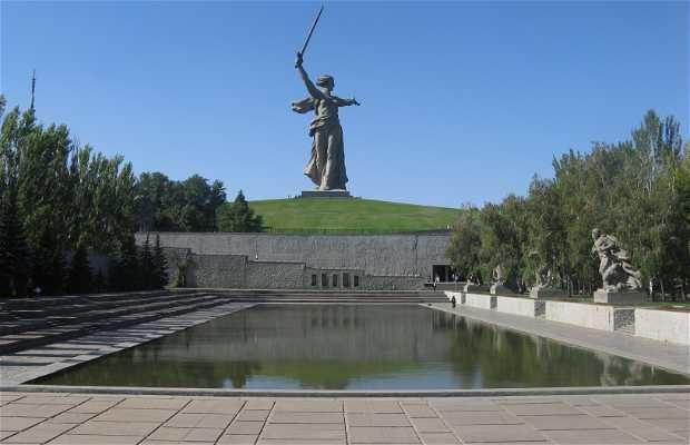 El monumento de la Madre Rusia