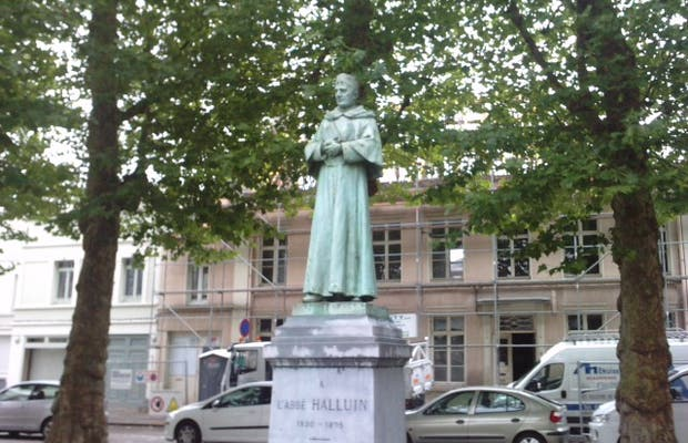 Statue Abbé Halluin