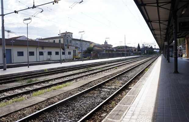 Gare de Lucques