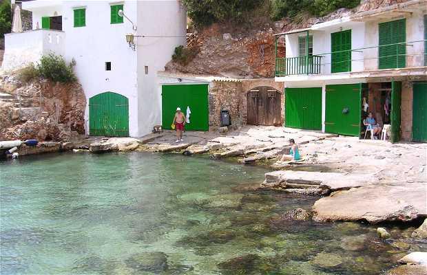 Santayni Cove