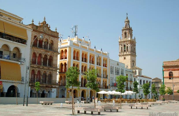 Spain Square El Salon