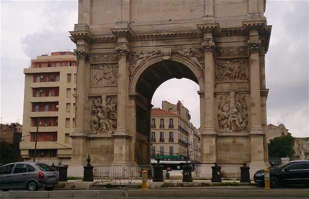 L'arc de triomphe de Marseille
