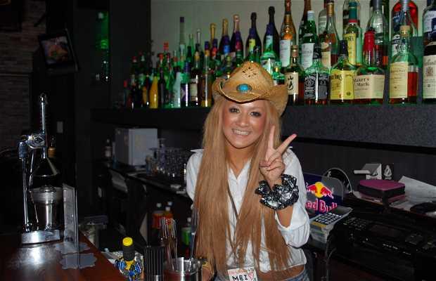 Die Liebe Cowgirls Bar