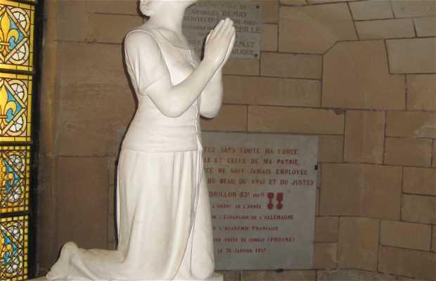 Estatua de Jeanne d'Arc de la basílica del Bois-Chenu