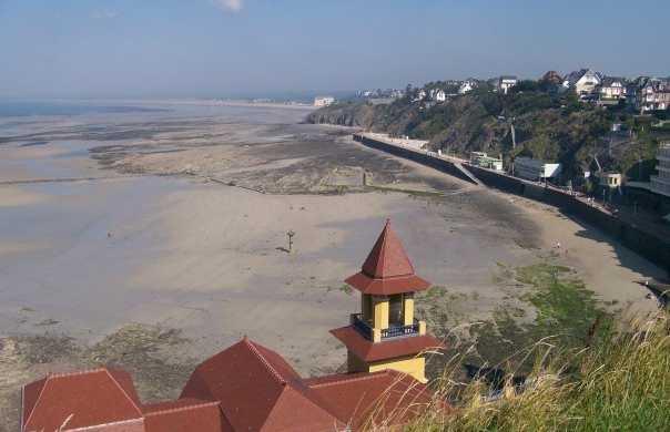 La plage et la promenade du Plat Gousset