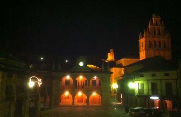 Plaza Mayor de Ayllón