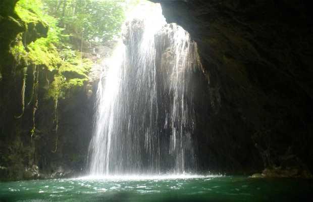 Cachoeira do Buraco do Macaco