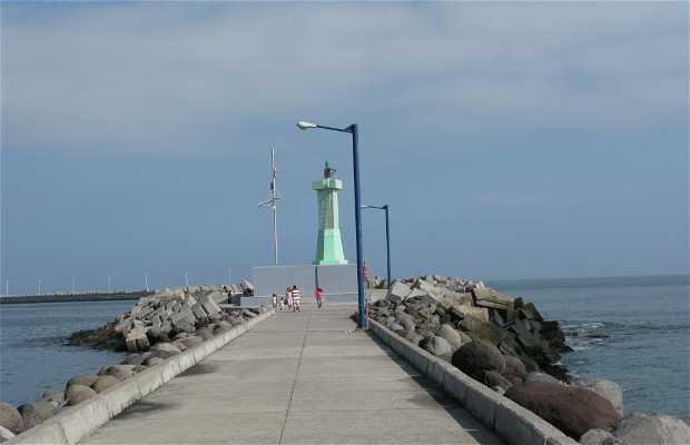 Paseo de entrada a la bocana del Puerto