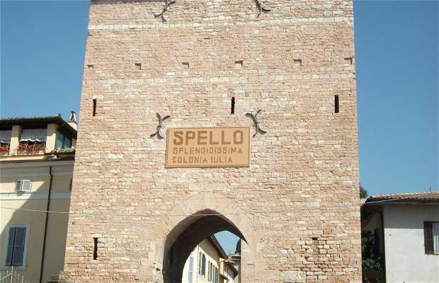 Puerta Spello
