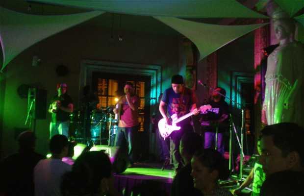 Aperitivos Bar y Restaurante Teatro Abril