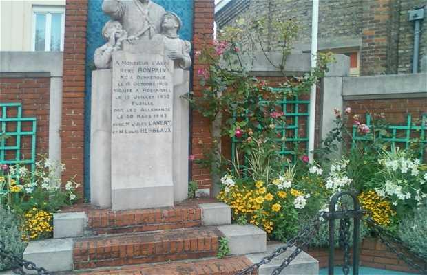 Monumento al abad Bonpain