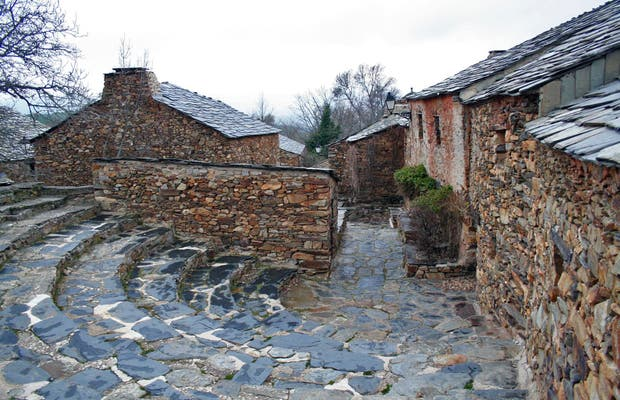 Black Villages of Guadalajara - Umbralejo