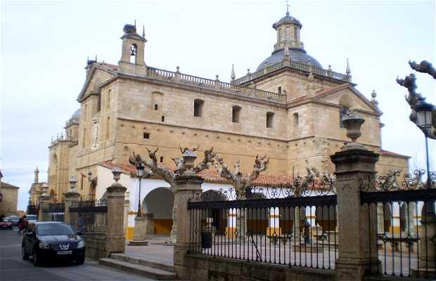 Cerralbo Chapel and the Sagraraio Church