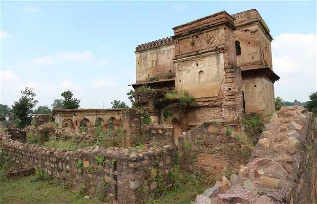 Rasaldar Ki Khoti Palace