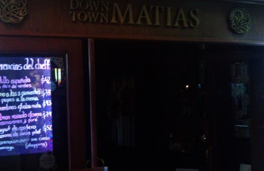 irish pub Down Town Matias