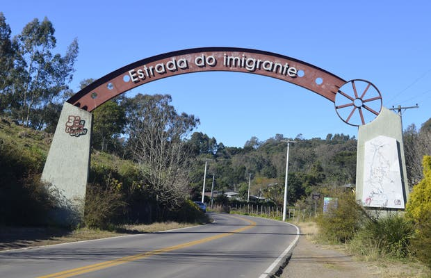 Portal da Estrada do Imigrante