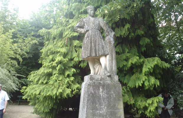 Monumento Michel Colombe