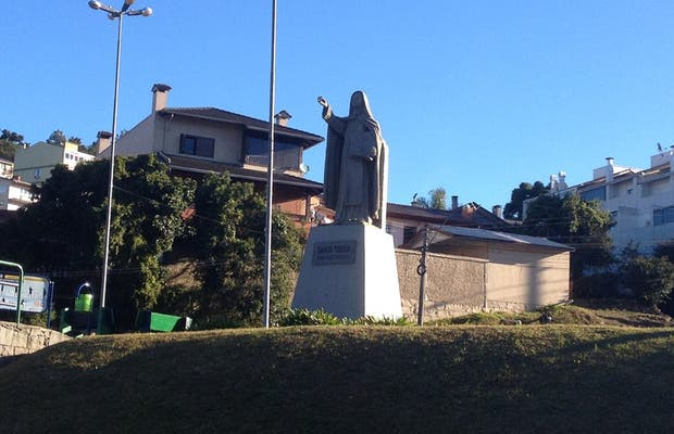 Monumento à Santa Teresa