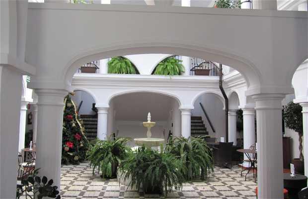 Escuela De Hostelería La Fonda En Benalmádena 1 Opiniones Y 6 Fotos