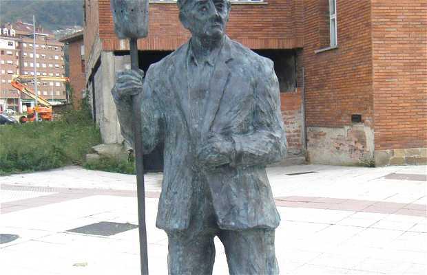 Sculpture à Jésus le Pirulero