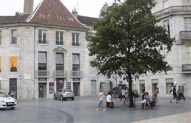 Pasteur Place