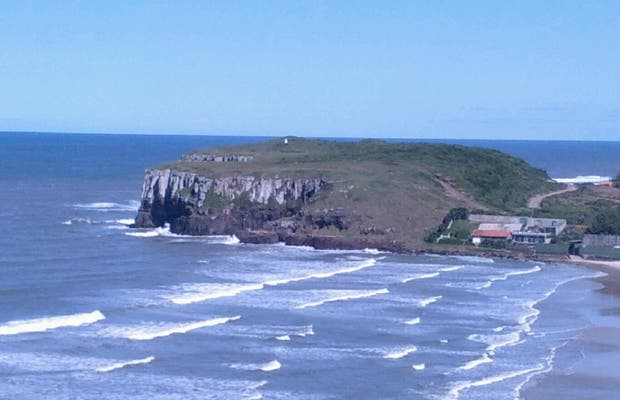 Praia de Torres (Torres Beach)