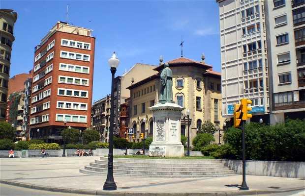 Plaza del 6 de Agosto o Plaza Jovellanos