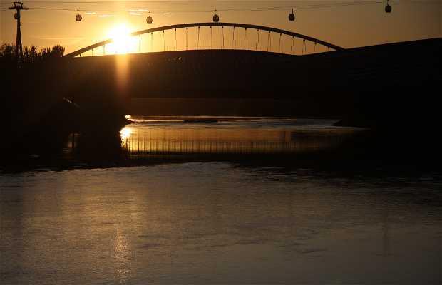 Sunset on Pavilion Bridge